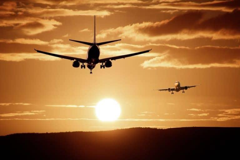 aircraft-landing-reach-injection-safe-flight